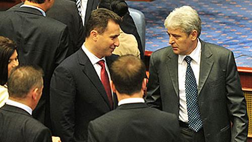Gruevski edhe tetë ditë afat, opsion i vetëm koalicion me Ali Ahmetin (VIDEO)